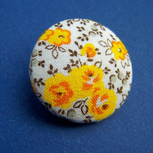 Vintage fabric buttons