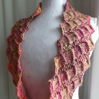 Geometric Loop cowl