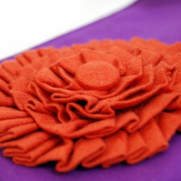 Carrie bangle clutch - rust rosette