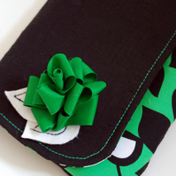 Reserved for Katherine - Esther fold-over clutch – Laughing leaf green with corsage