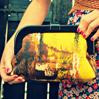 'Amelia' vintage fabric resin frame clutch purse –  autumn rust