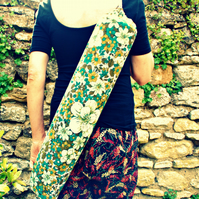 Vintage fabric yoga mat bag - teal hedgerow