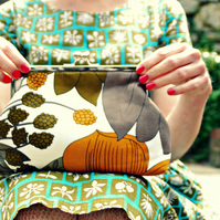 'Kitty' vintage fabric clutch purse - Fauna Sketch