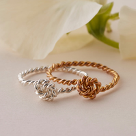 Knot ring - Twisted rope ring - Stacking Ring in Gold or Silver - Thin ring band
