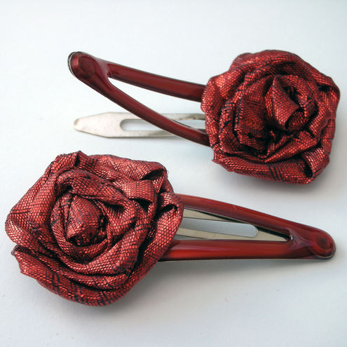 Metallic red rose small hairclips
