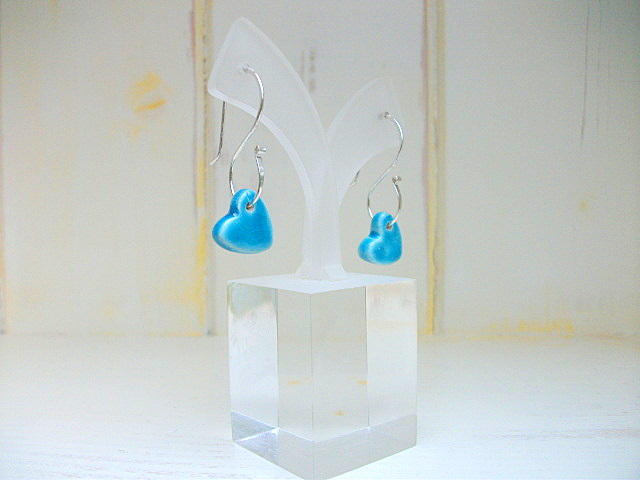 Dangle ceramic turquoise heart earrings