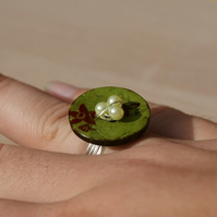 The Green Collection Button Ring