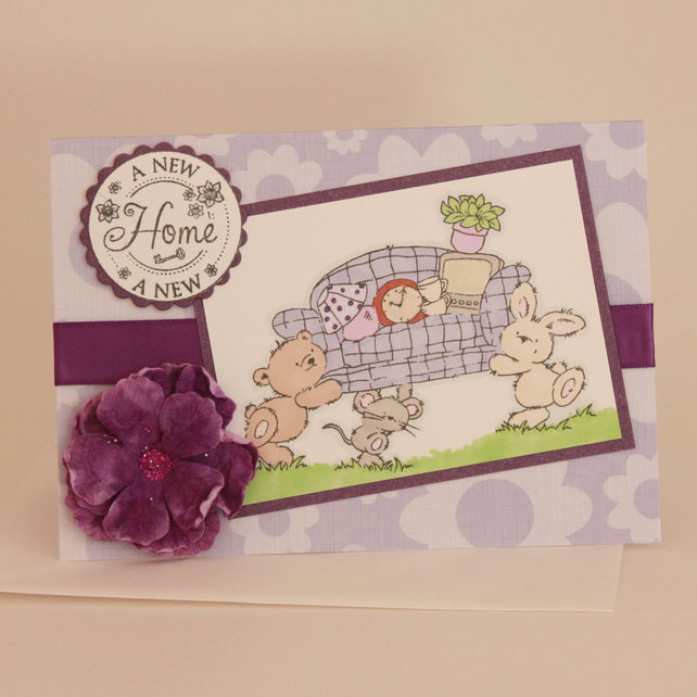 Cute animals new home card