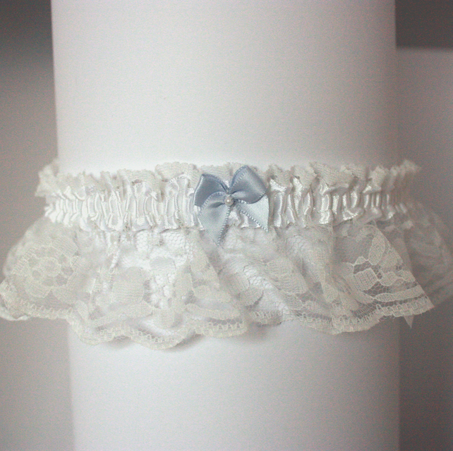 White lace wedding garter