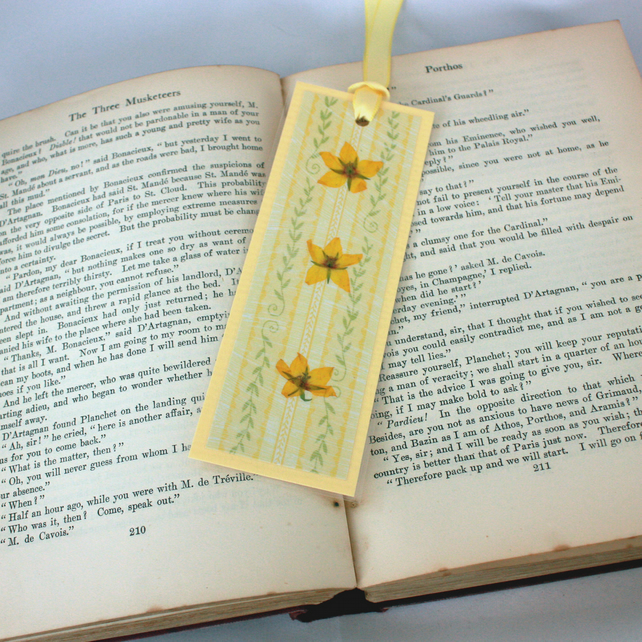 Handmade pressed flower laminated bookmark