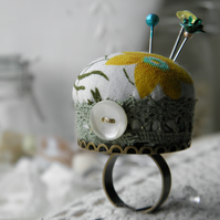 Celandine Pincushion Ring