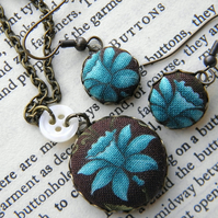 Blue Narcissus, Fabric Covered Button Earrings and Pendant Set.