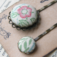 Briar Rose Button Hair Clips.