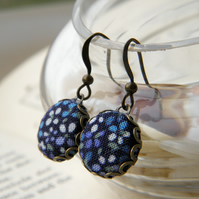 Tiny Blue Daisy - Fabric Covered Button Earrings.