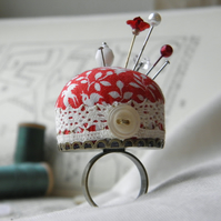 Lovebirds Pincushion Ring