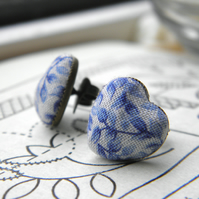China Blue Leaves Heart Earrings