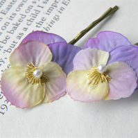 Little Lilac Pansy Clips