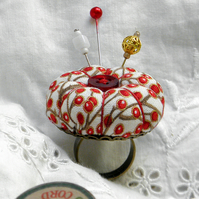 Red Berries, Pumpkin Pincushion Ring - White