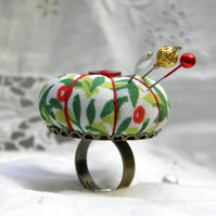 Vintage Berries, Pumpkin Pincushion Ring