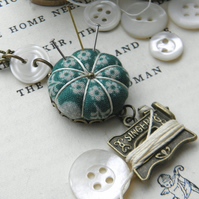 Sewing Necklace with a Tiny Pincushion and Thread Winder, Jade Daisies