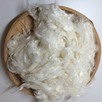 Bamboo Staple Vegan Spinning Fibre 100 grams cellulose roving