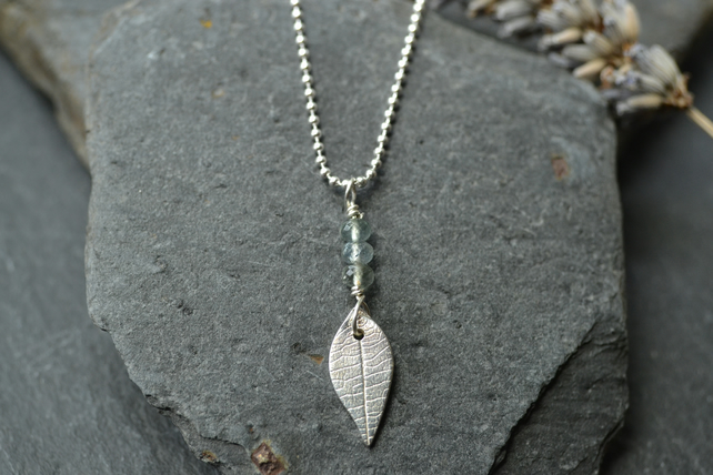 Summer leaf pendant
