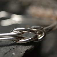 Love knot, infinity knot sterling silver bangle
