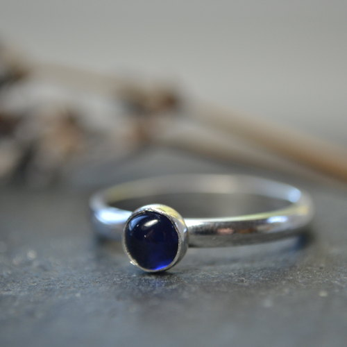 September birthstone - Sapphire stacking ring