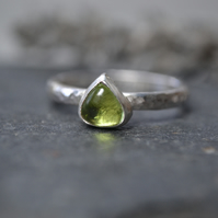 August birthstone - Peridot silver stacking ring