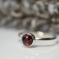 Rose cut garnet sterling silver stacking ring - January birthstone