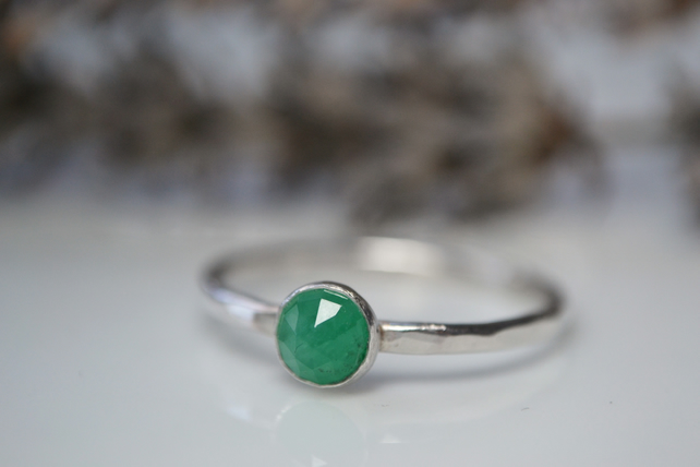Rose cut Emerald, and sterling silver stacking ring