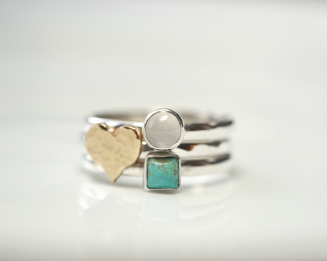 Stacking rings with 9ct gold heart