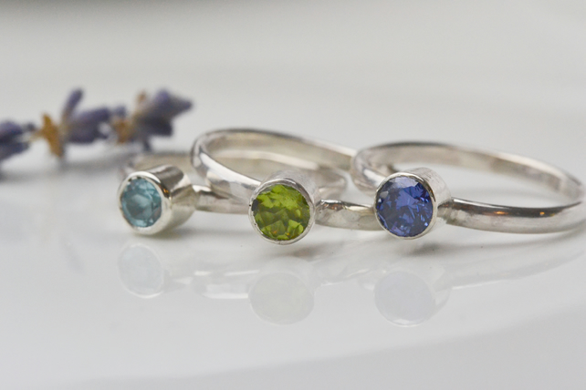 Birthstone stacking ring with 5mm faceted round birthstone