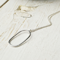 Simplicity oval pendant - larger size