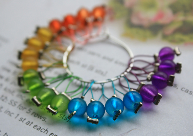 Frosted rainbow stitch markers x20