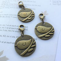 Progress crochet stitch marker bronze robin