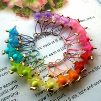 20 Knitting stitch markers Rainbow mini flowers
