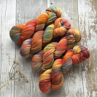 Hand dyed knitting yarn 4 ply MCN Rosy Apples100g
