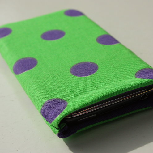 Lime green and purple polka dot iphone/ipod case