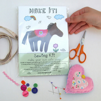 Pony sewing kit