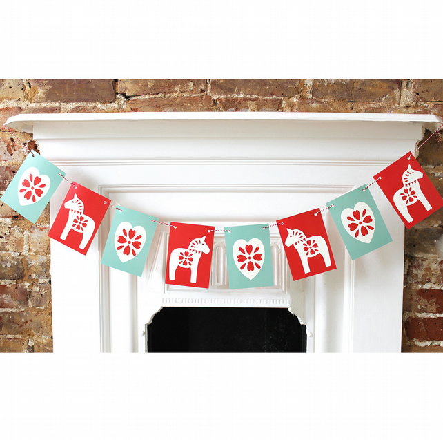 Scandinavian inspired Christmas bunting