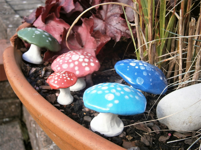 Miniature ceramic mushrooms, toadstools, fairy garden, cactus garden, set of 5