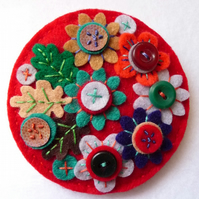 JAPANESE ART INSPIRED HANDMADE FELT BROOCH- LIPSTICK RED - FB030