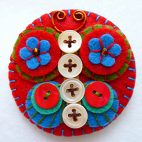 FB115-105 - Butterfly DESIGN Clip Art Inspired Handmade Felt Brooch