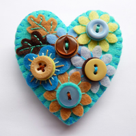 FB132 - Japanese Art Inspired Heart Shape Felt Brooch - Turquoise