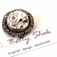 WAS 14.00, NOW 7.00  Vintage Clockwork Up-cycled Handmade Filigree Brooch