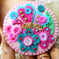 Butterfly in the Garden Handmade Felt Brooch - Pink - FB-118