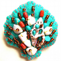 FB092  Beside The Seaside Theme -  Sea Shell Handmade Felt Brooch - Turquois