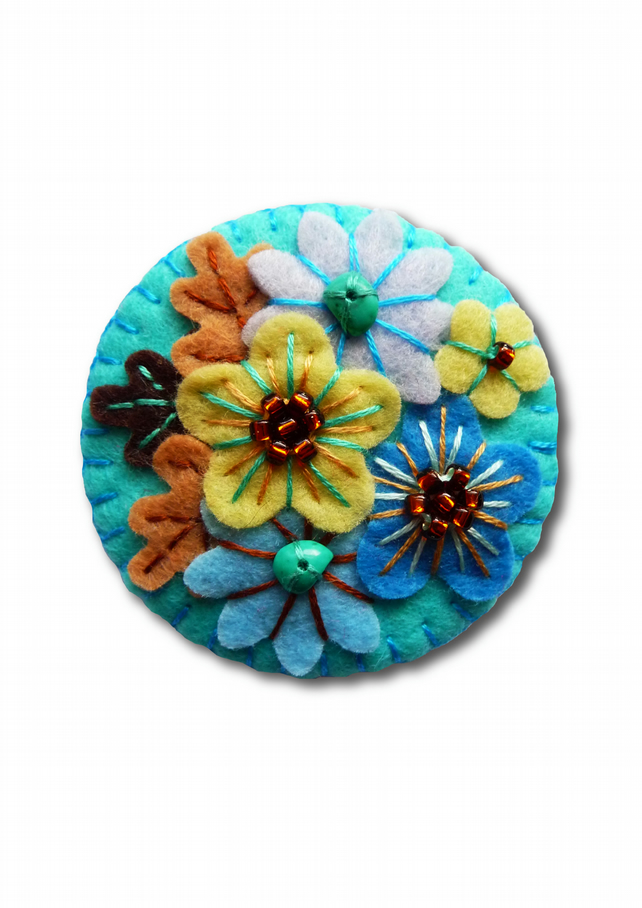 FB133 - Japanese Art Inspired Handmade Mini Felt Brooch - Turquoise