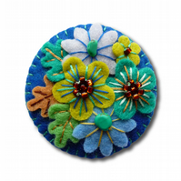 Japanese Art Inspired Handmade Mini Felt Brooch - Royal Blue